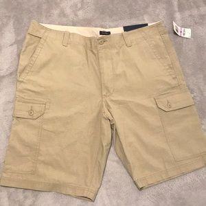 Club Room men's khaki beige shorts (NWT)